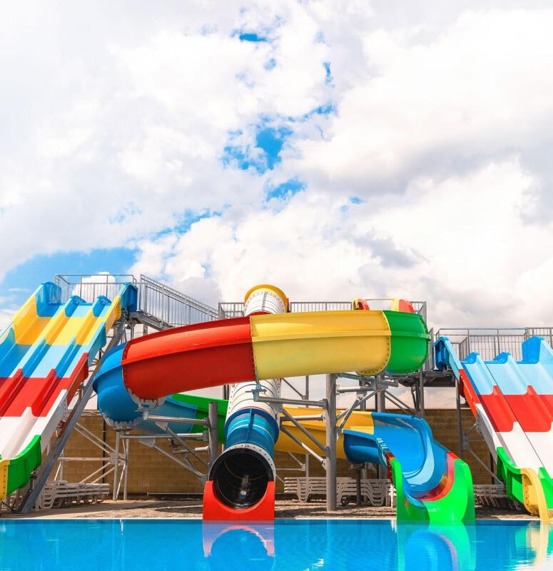 Дитячий басейн та аквагірки